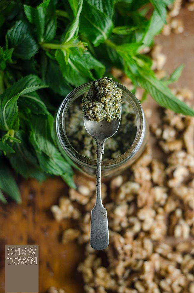 Mint-and-Walnut-Pesto-Top