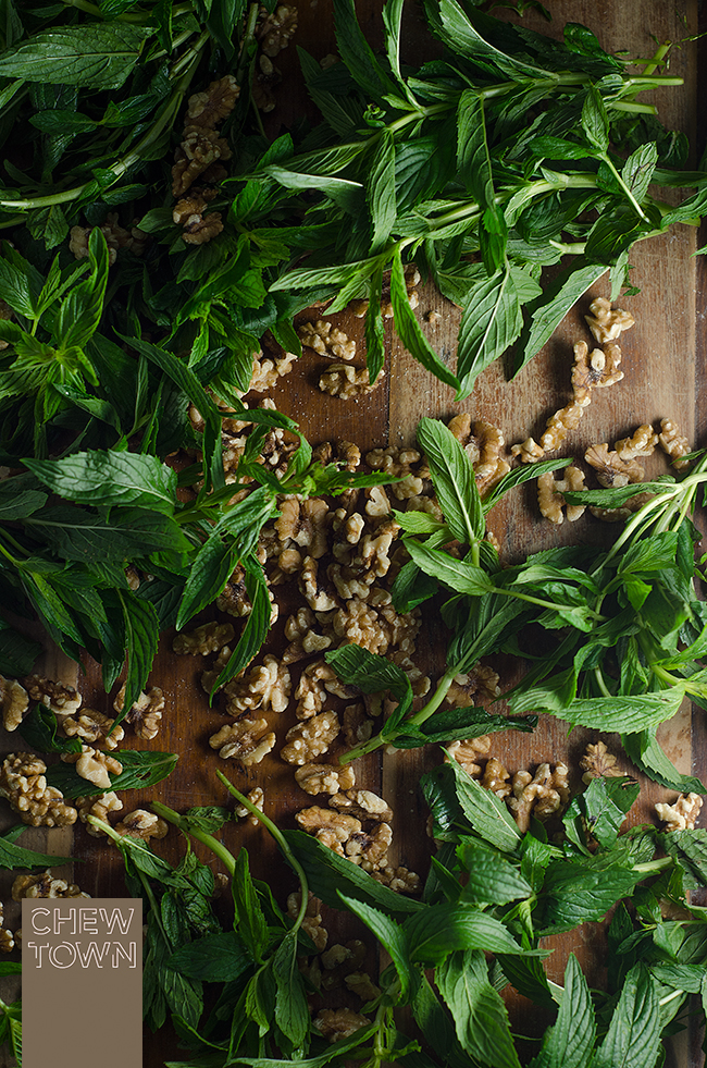 Mint-and-Walnuts