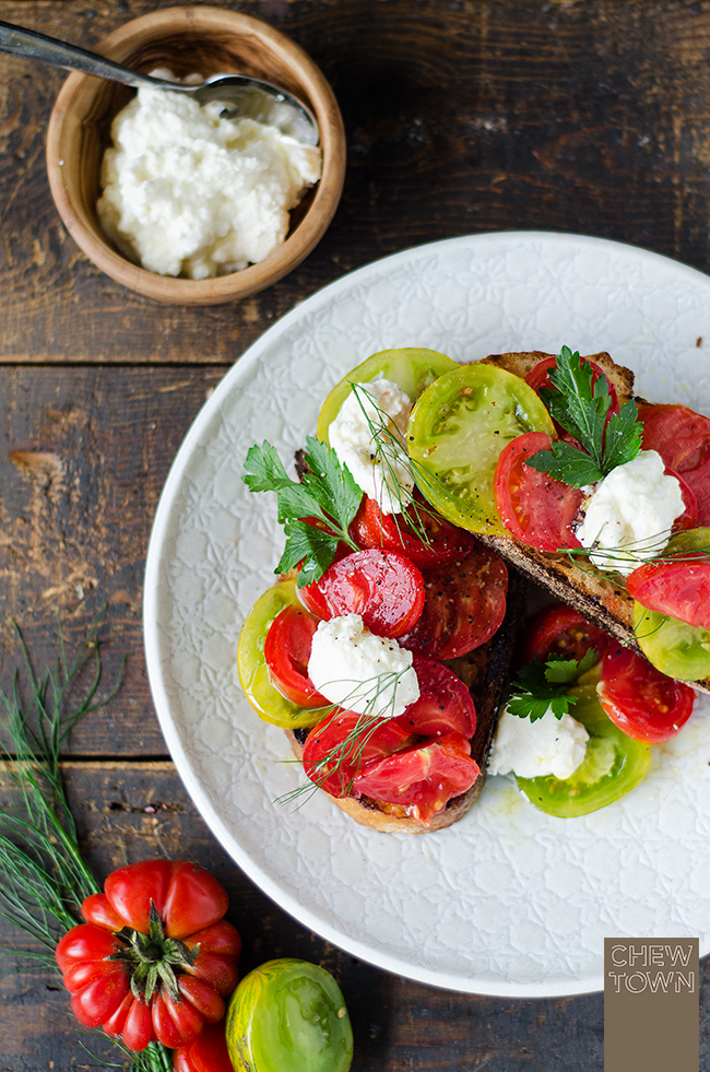 Ox-Heart-and-Green-Tomato-Bruschetta