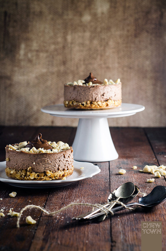 Nutella Cheesecakes with Popcorn Crust | Chew Town Food Blog