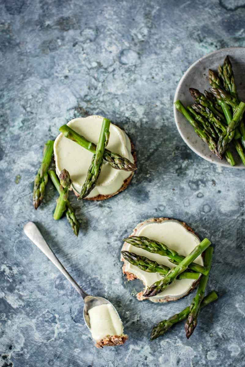 Asparagus and Ricotta Panna Cotta with Almond and Bacon Crumb | Chew Town Food Blog