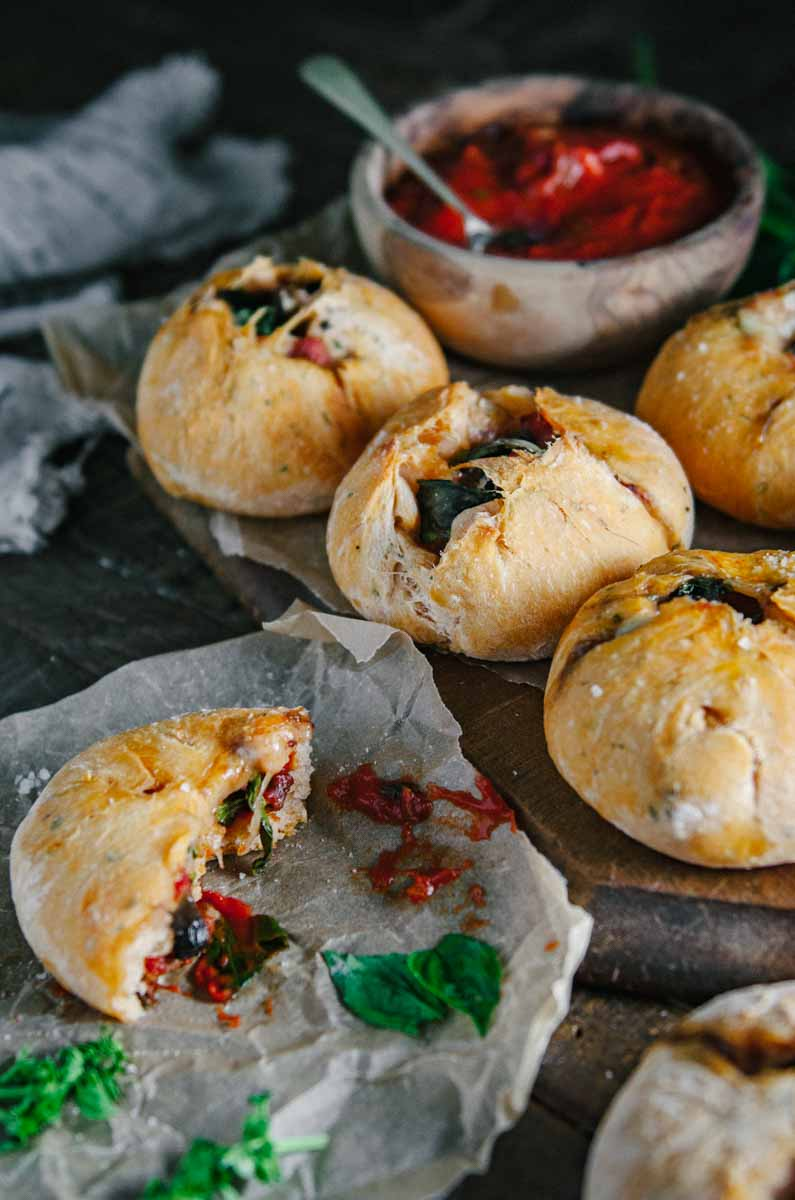 Strombolini | Italian Pizza Pockets | Chew Town Food Blog