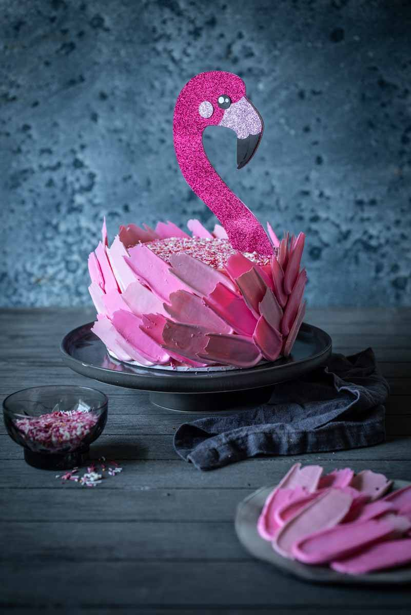 Flamingo Cake and Cake Decorating Tips | Chew Town Food Blog