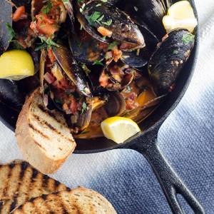 Cozze Pomodoro e Peperoncino (Chilli Tomato Mussels)