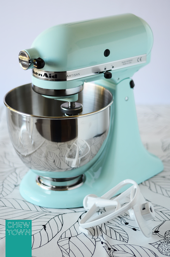 Vanilla Sugar And Lemon Recipe Chew Town Food Blog With Green Kitchen Aid Mixer